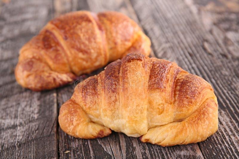 Download Croissant photo stock. Image du breakfast, bois, frais - 45350458