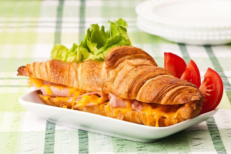 croissant serowy baleron topił fotografia royalty free