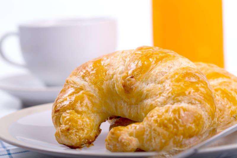 Download Croissants photo stock. Image du table, végétarien, continental - 45364398