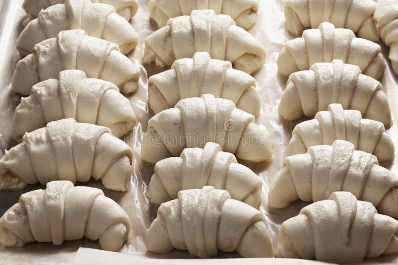 Croissants crus imagens de stock royalty free