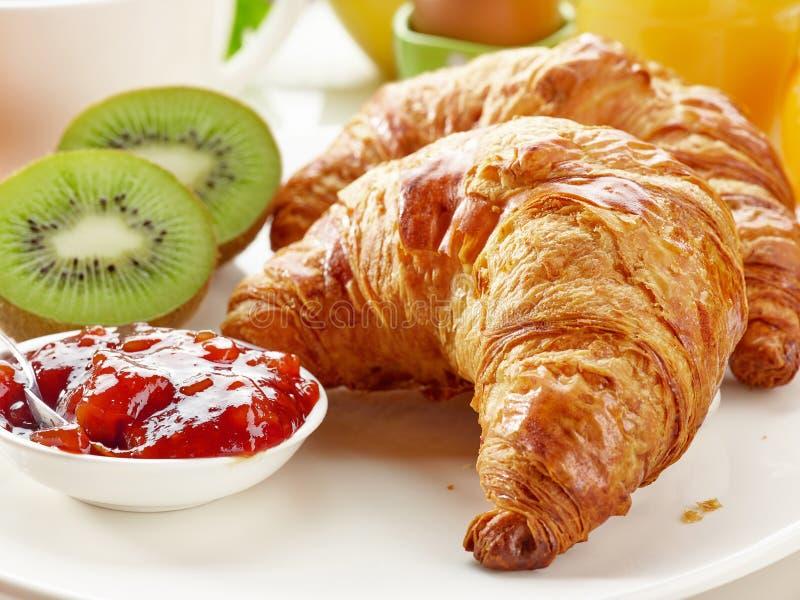 Croissants di recente cotti immagini stock libere da diritti