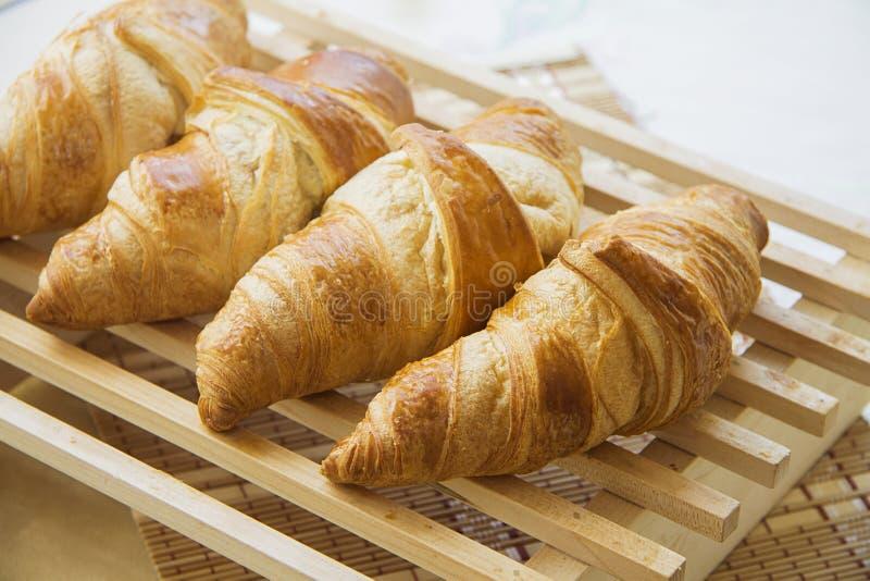 Croissants met het voelen royalty-vrije stock afbeelding