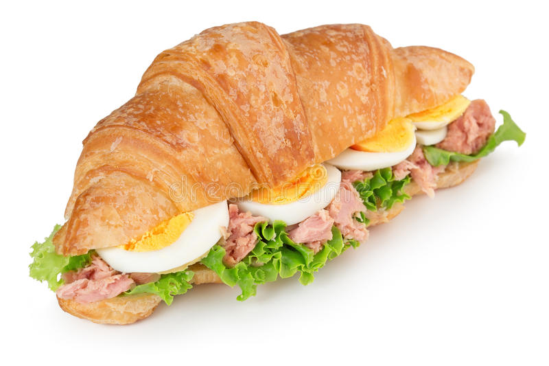 Croissantsandwich met ei en tonijn royalty-vrije stock afbeelding