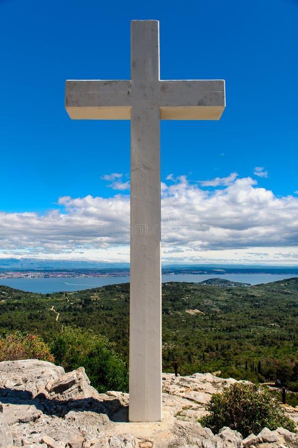 Croix à l'extérieur images libres de droits