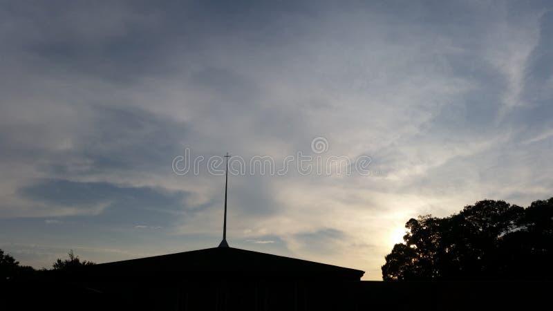 Croix au coucher du soleil photo libre de droits
