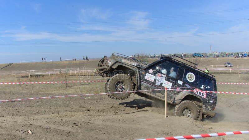 Croix d'essai 4x4 de jeep de Moldau Ohei photos stock