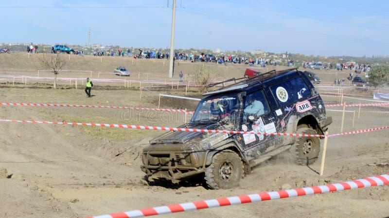 Croix d'essai 4x4 de jeep de Moldau Ohei photographie stock libre de droits