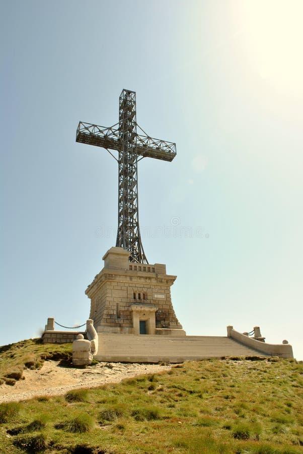 Croix de Caraiman des héros de nation photographie stock