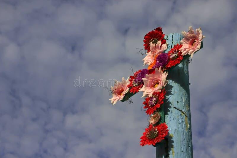 Croix des fleurs - format horizontal image libre de droits