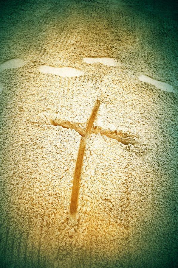 Croix en sable image libre de droits