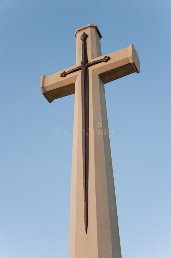 Croix et épée images libres de droits