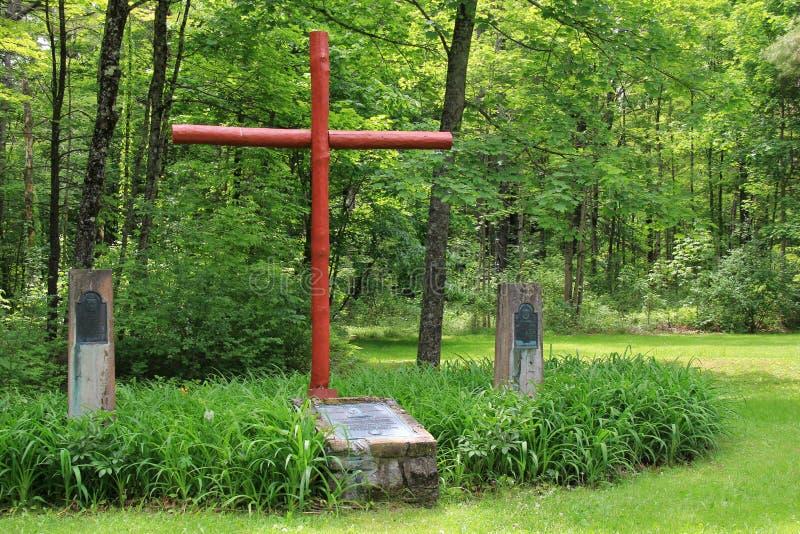 Croix et monuments érigés pour honorer les hommes qui ont combattu pour sauver le carillon de fort, New York, 2014 photo stock