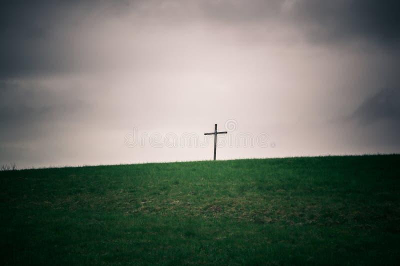Croix isolée sur la série d'horizon photographie stock libre de droits