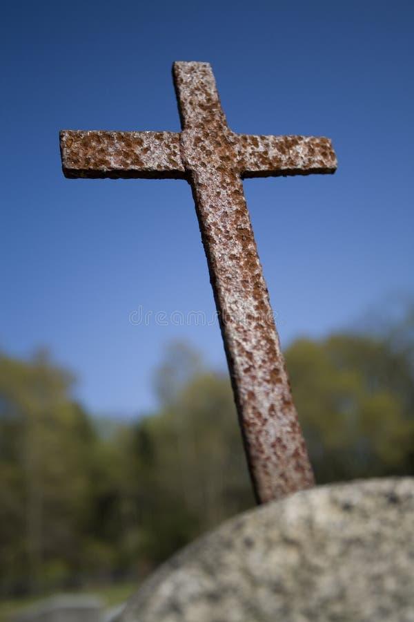 Croix rouillée photo libre de droits