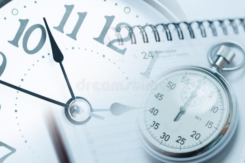Cronómetro - gestión de tiempo y concepto del plazo foto de archivo libre de regalías