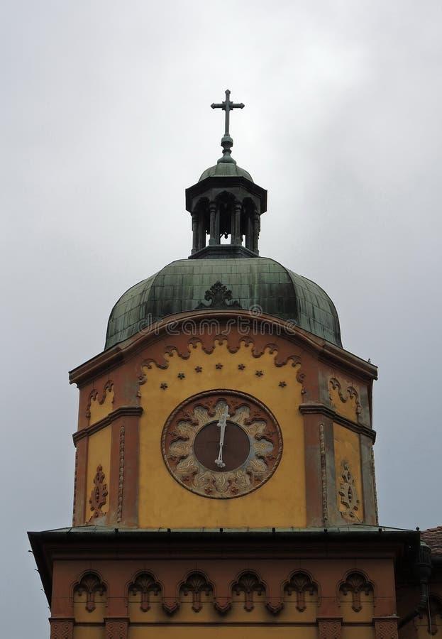 Cronometri sulla cima di più vecchia High School in Serbia fotografie stock libere da diritti