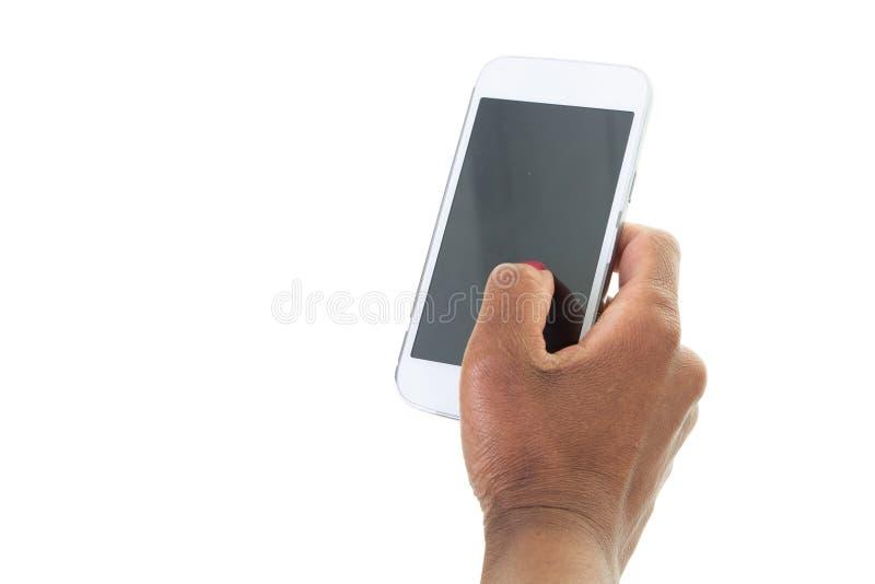 Cropped strzał murzynek ręki trzyma telefon komórkowego z puste miejsce kopii przestrzeni ekranem dla wiadomości tekstowej promoc zdjęcia stock