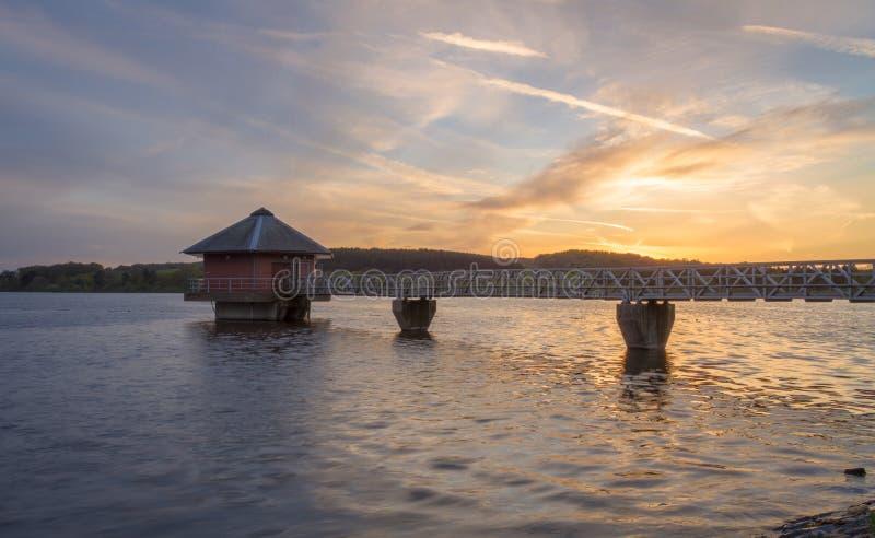 Cropston behållare Leicestershire på solnedgången royaltyfria bilder