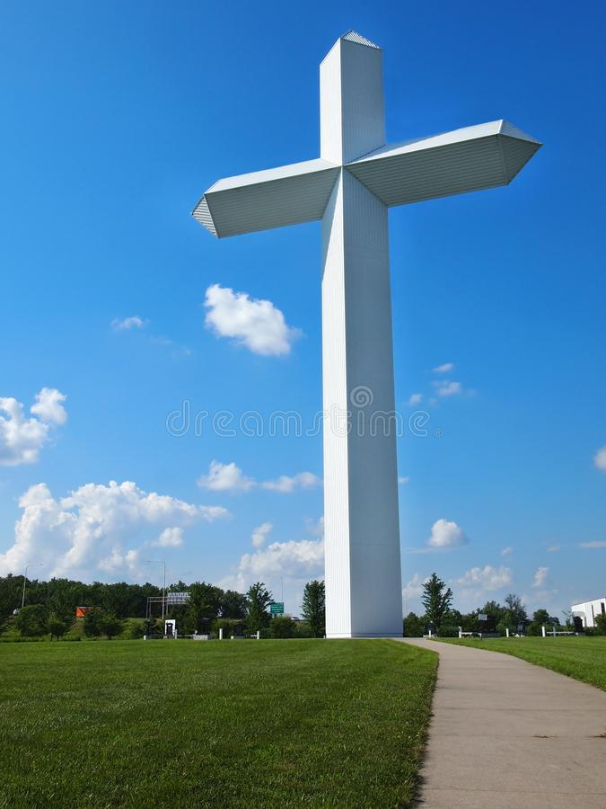 Cross At The Crossroads Effingham Illinois. EFFINGHAM, ILLINOIS - JULY 9, 2018: The 198 foot cross next to the highway in Effingham, Illinois is the largest stock photography