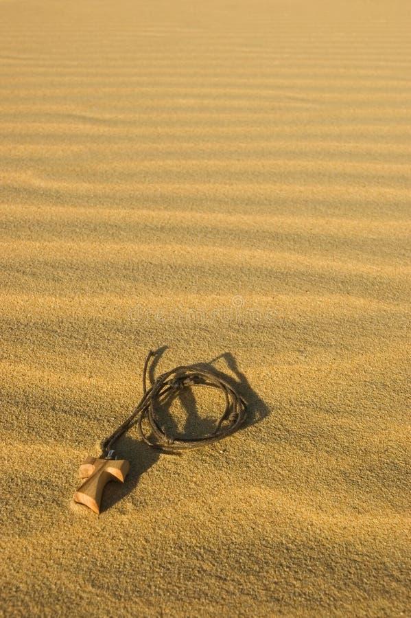 Free Cross In The Desert Stock Photography - 3228552