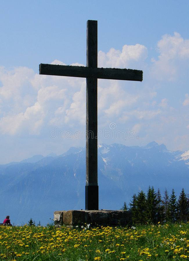 Free Cross In The Mountains Royalty Free Stock Images - 185769