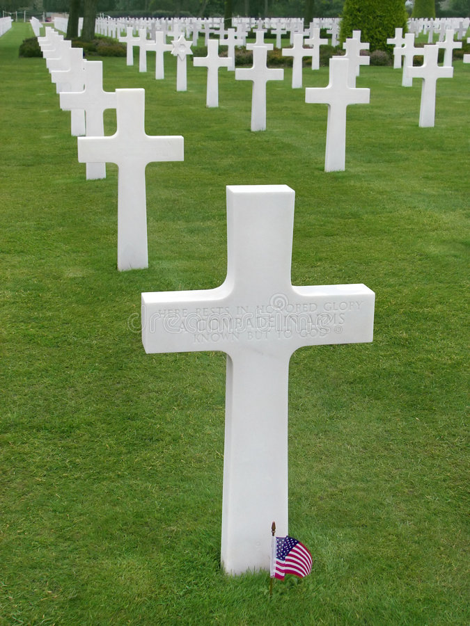 Free Cross Of An Unknown Soldier Royalty Free Stock Image - 5249316