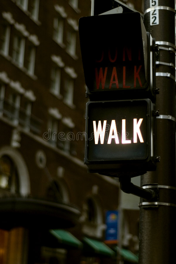 Free Crossing Sign Walk Or Don T Walk Royalty Free Stock Photography - 1593267