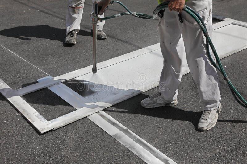 Crosswalk ремонтируя и крася стоковые изображения