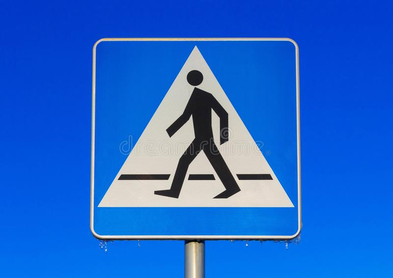Crosswalk drogowy znak zdjęcie royalty free