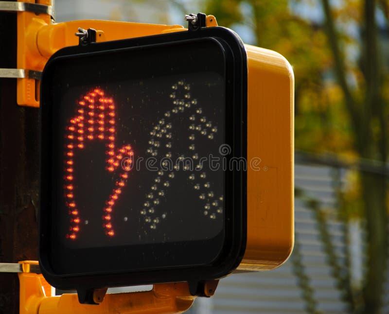Crosswalkzeichen lizenzfreie stockfotografie