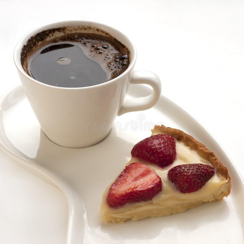 Crostata della parte con la tazza di caffè fotografie stock