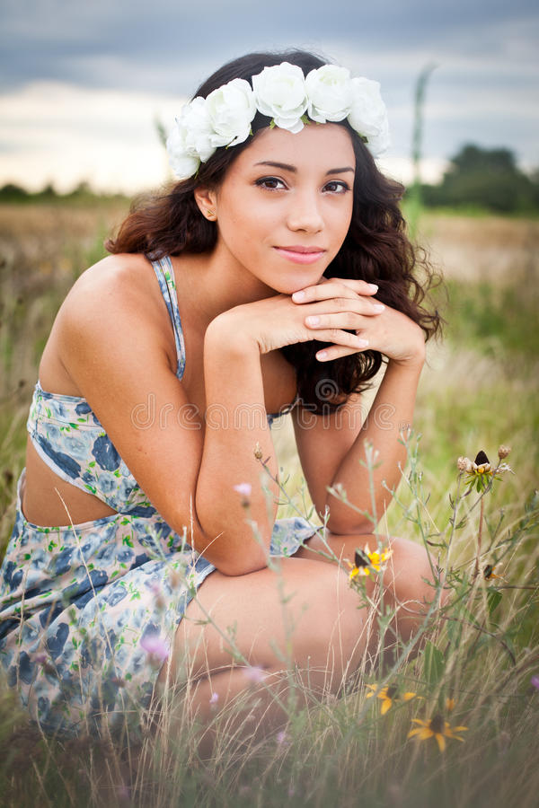 Free Crouching In Field Of Flowers Royalty Free Stock Images - 38847469