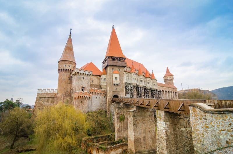 Crovinilor-Schloss in Hunedoara-Region von Rumänien lizenzfreies stockbild