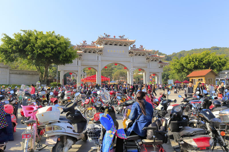 Crowd visit chi gong. Green reef (qingjiao ) tzu chi palace is located in the haicang district of xiamen city, china, worship the famous doctor wutao of the stock images