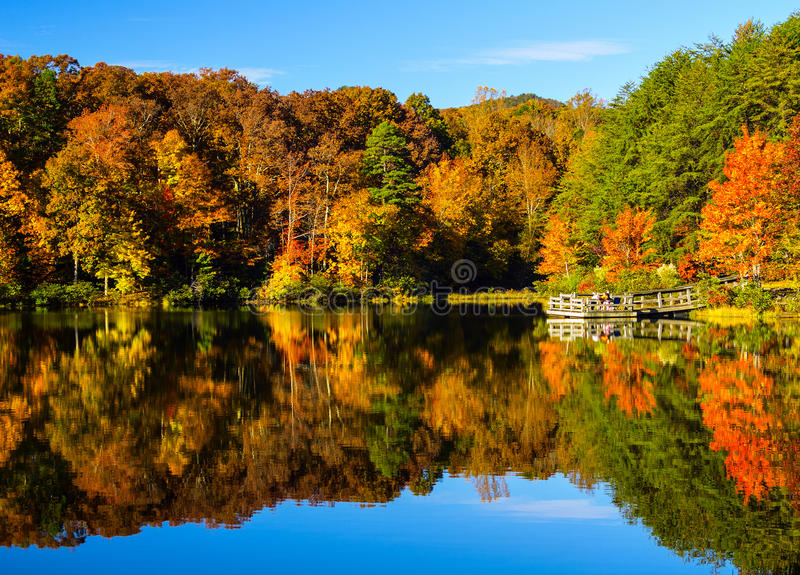 Crowders bergdelstatspark - North Carolina royaltyfria bilder