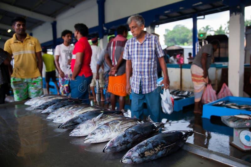Crowdon στην αγορά ψαριών στοκ εικόνες