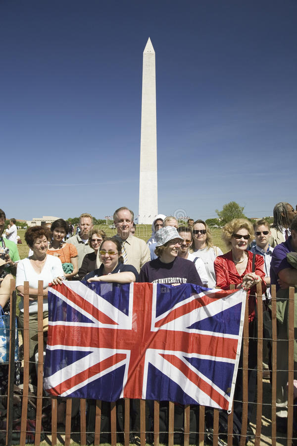 Download Crowds In Front Of The Washington Monument Editorial Photography - Image: 27066647