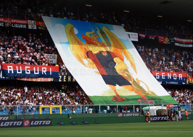 Crowdy стоит во время футбольного матча клуба сверчка и футбола Генуи 1893, в стадионе Luigi Ferraris Генуи, Genova Италия стоковые фотографии rf