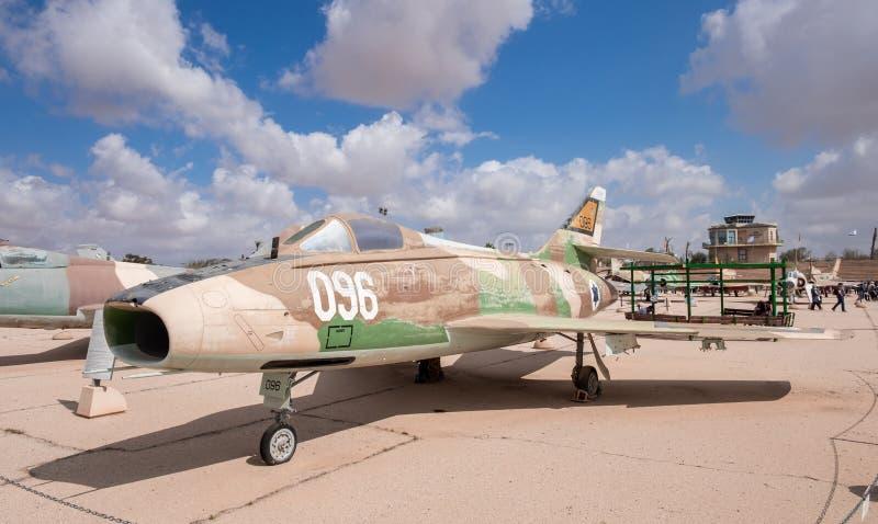 Cru Dassault Mystère superbe B2 (Sa'ar, montré au musée israélien de l'Armée de l'Air images stock