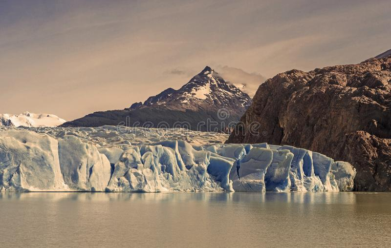 Cru Grey Glacier dans le Patagonia, Chili images libres de droits