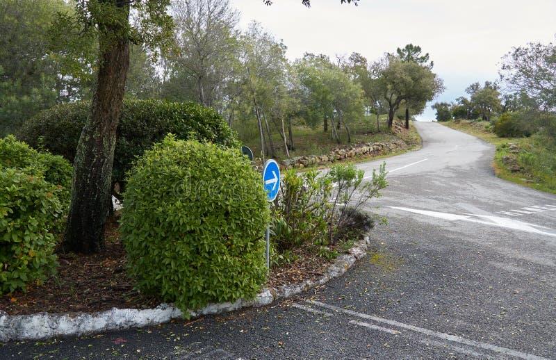 Cruce giratorio en ámbito francés imagen de archivo libre de regalías