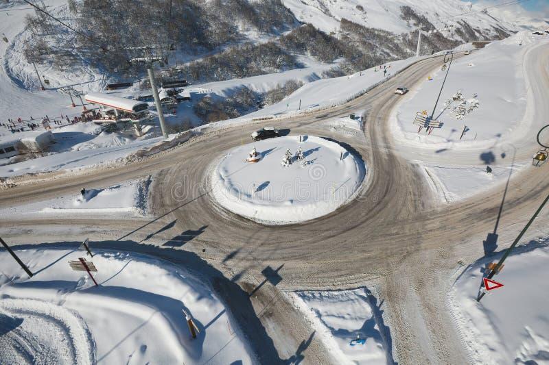 Cruce giratorio en invierno imágenes de archivo libres de regalías
