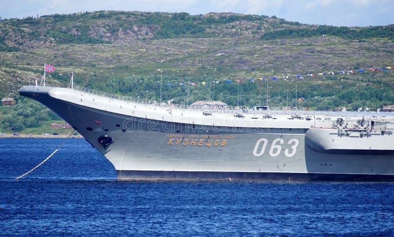 Crucero 'almirante Kuznetsov 'de portaaviones fotografía de archivo