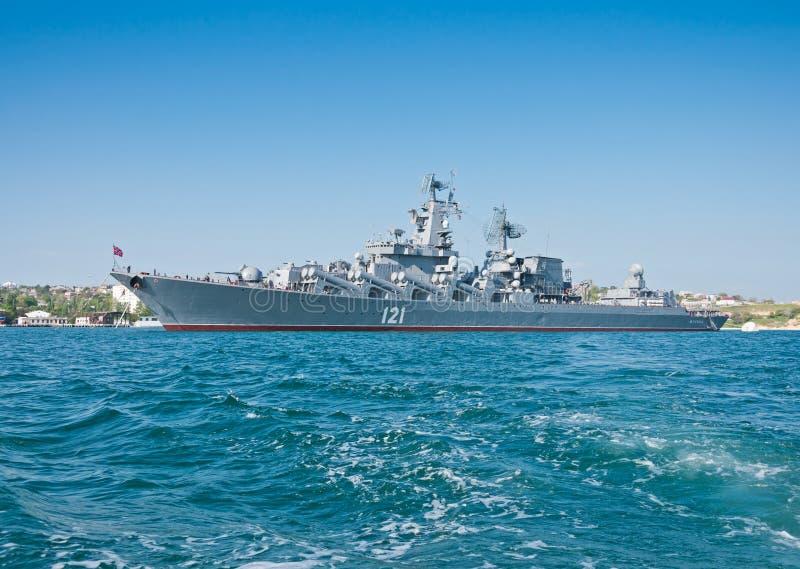 Crucero del misil en la marina de guerra rusa de la flota del Mar Negro fotografía de archivo libre de regalías