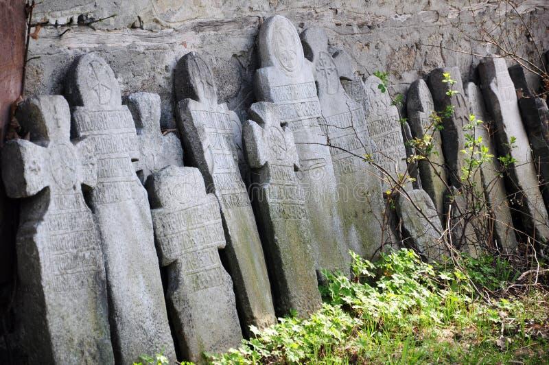 Cruces de la lápida mortuaria imagen de archivo
