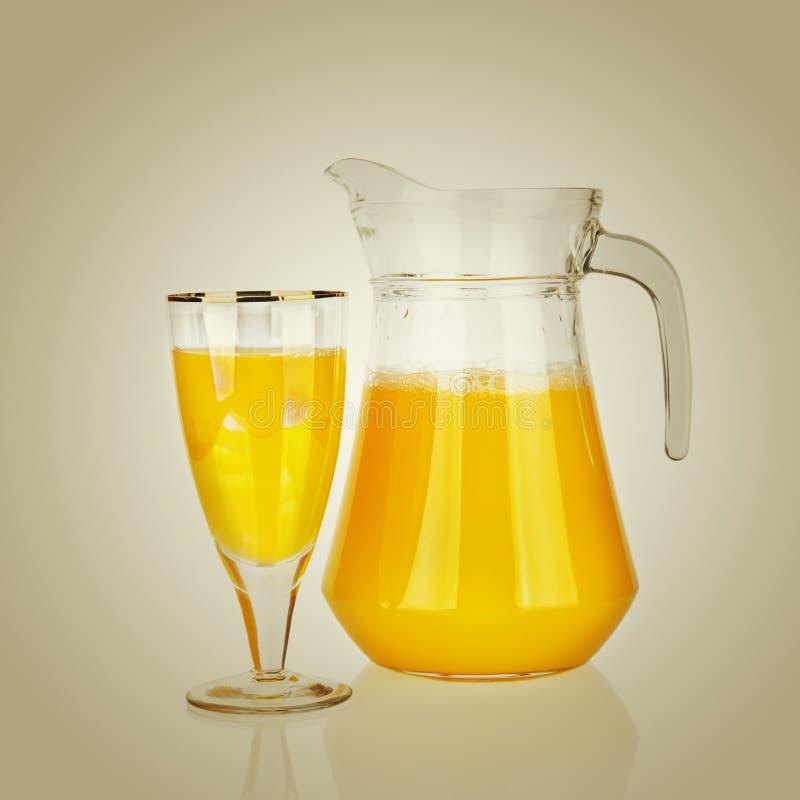 Cruche de jus d'orange image libre de droits