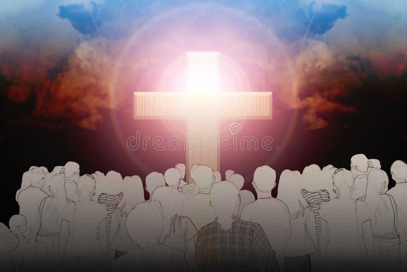 Crucifix et lumière avec des personnes sur le fond foncé photographie stock libre de droits