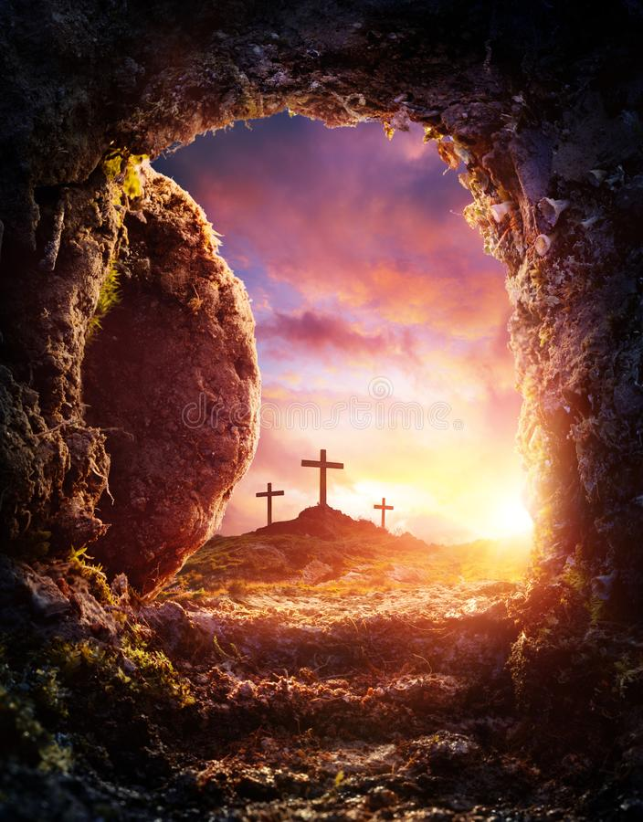 Crucifixión y resurrección de Jesus Christ - tumba vacía