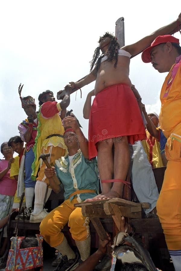 Crucifixion philippine sur le Vendredi Saint, Pâques images stock