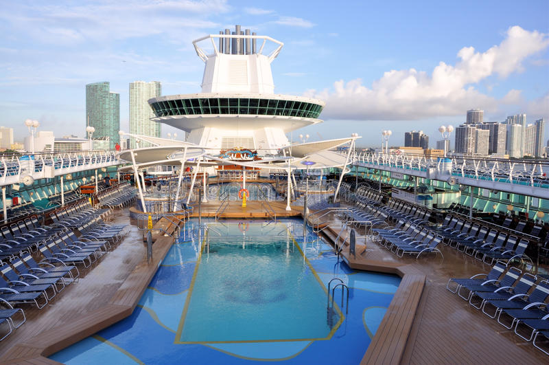 Cruise en de Stad van Miami stock afbeeldingen